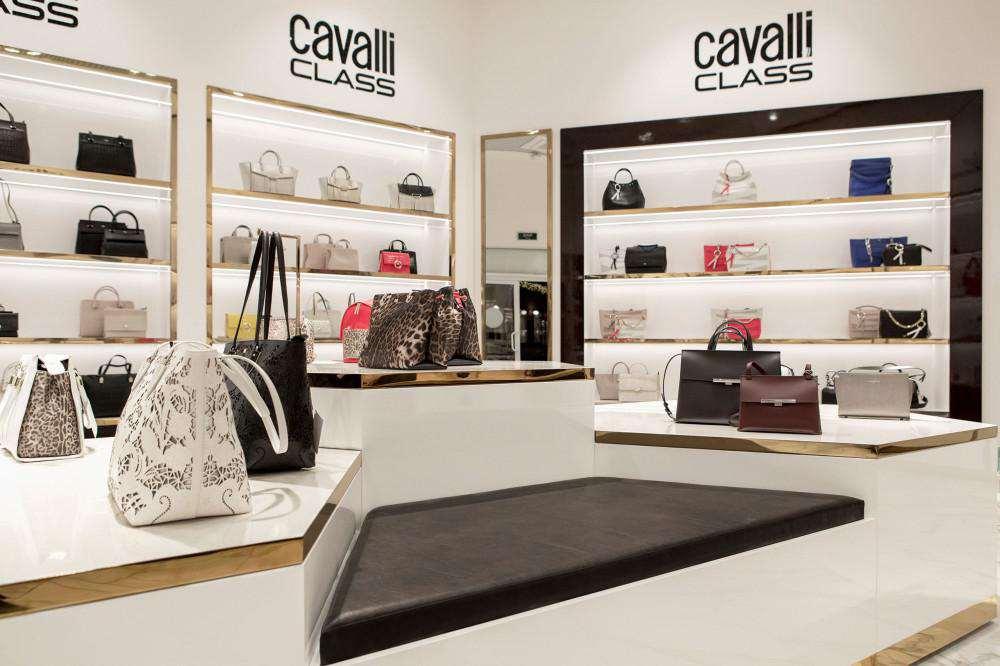 Cavalli Class витрина сумок